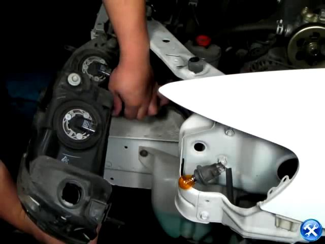 How to Change Projector Headlight 6th Gen Honda Accord